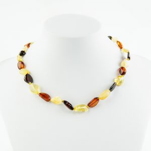 Amber necklaces 173